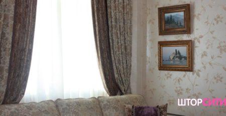 Какие шторы больше подходят для гостиной